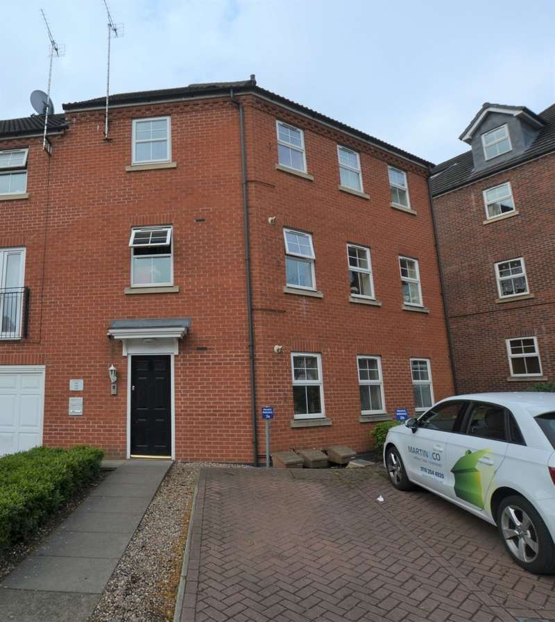 2 Bedrooms Apartment Flat for sale in Montvale Gardens, Off Blackbird Road LE4