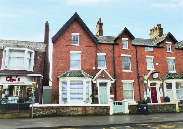 5 Bedrooms End Of Terrace House for sale in Church Road, Lytham, Lytham St Annes, Lancashire