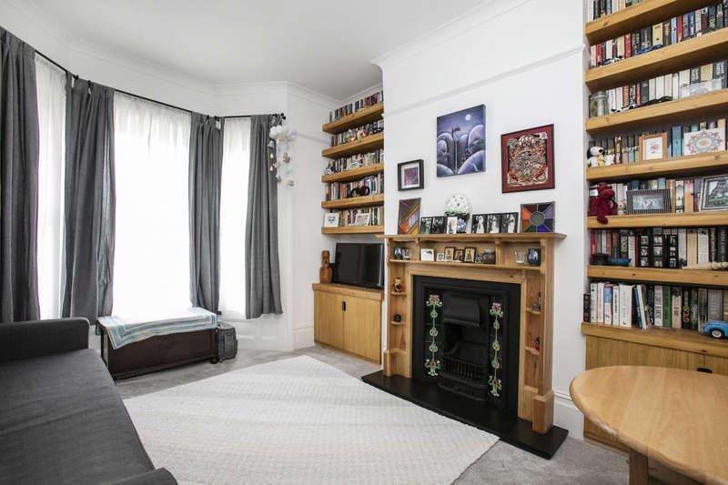 1 Bedroom Apartment Flat for sale in Mosslea Road, Penge