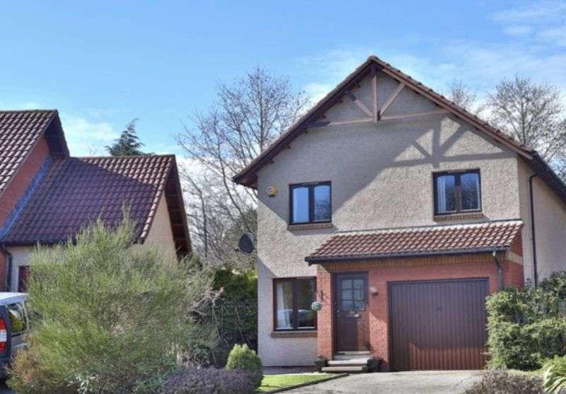 3 Bedrooms Property for sale in Wellside Place, Aberdeen