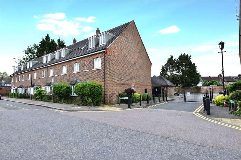 1 Bedroom Flat for sale in Premier Place, Watford, Hertfordshire, WD18