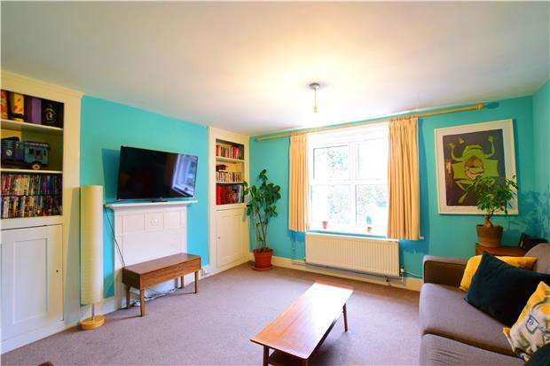 2 Bedrooms Maisonette Flat for sale in Silverdale Road, TUNBRIDGE WELLS, Kent, TN4 9JA