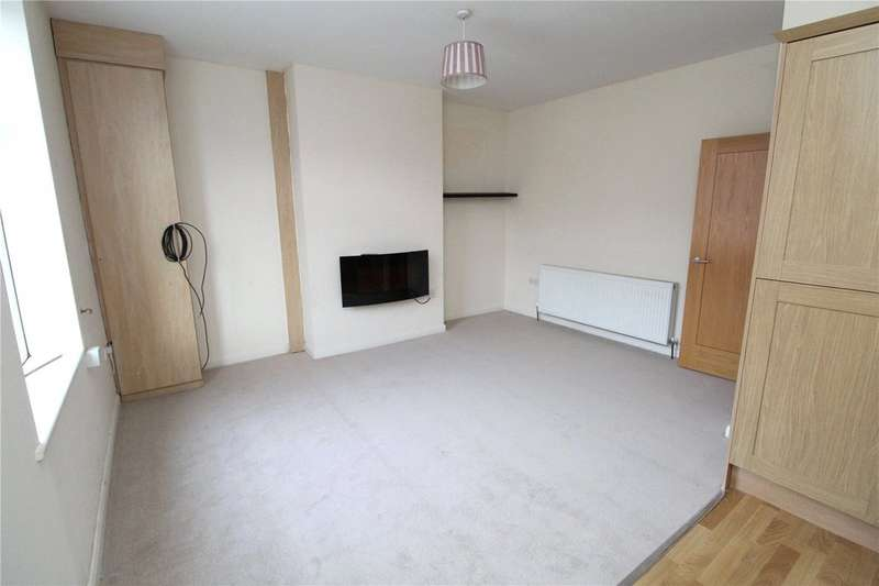 2 Bedrooms Flat for sale in St. Albans Road, Lytham St. Annes FY8