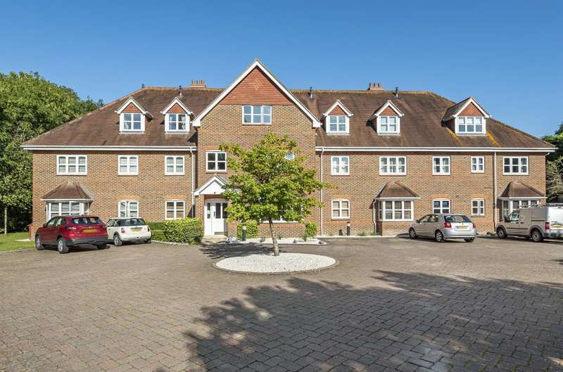 1 Bedroom Apartment Flat for sale in Wessex Grange