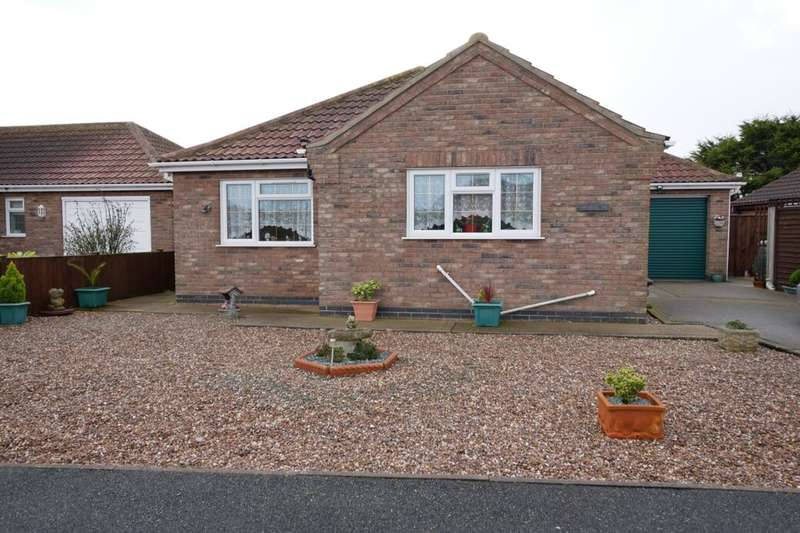 2 Bedrooms Detached Bungalow for sale in Church Park, Sutton-On-Sea, Mablethorpe, LN12