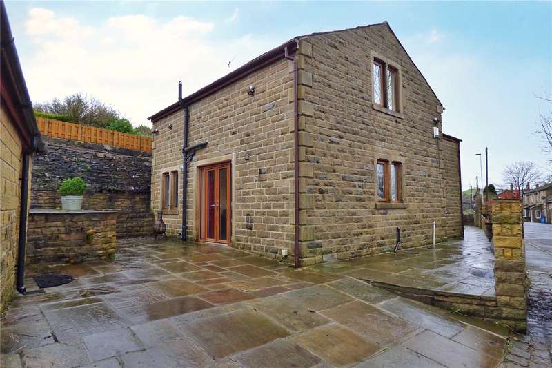 4 Bedrooms Detached House for sale in Cooper Street, Springhead, Oldham, OL4