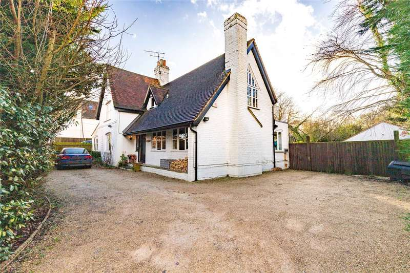 4 Bedrooms Detached House for sale in Hawthorn Hill, Warfield, Bracknell, Berkshire, RG42