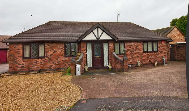 4 Bedrooms Bungalow for sale in The Paddocks, Whittlesey, PE7