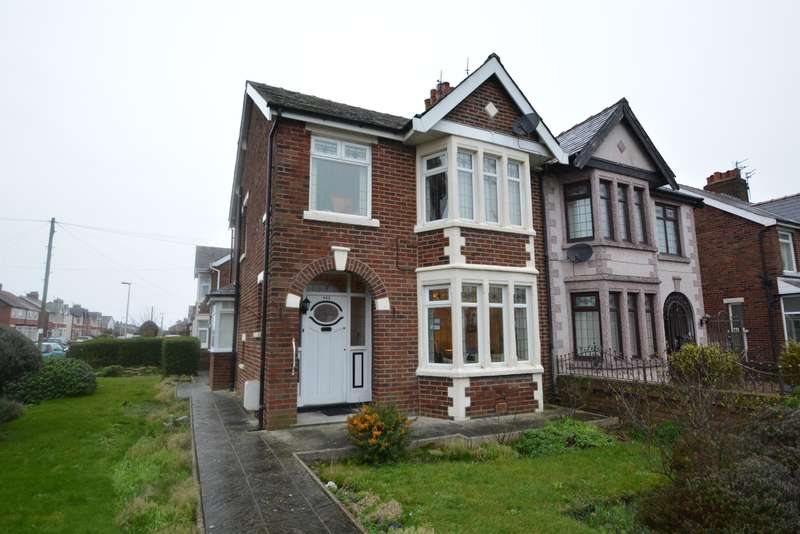 3 Bedrooms Semi Detached House for sale in St Annes Road, Blackpool, FY4 2QN