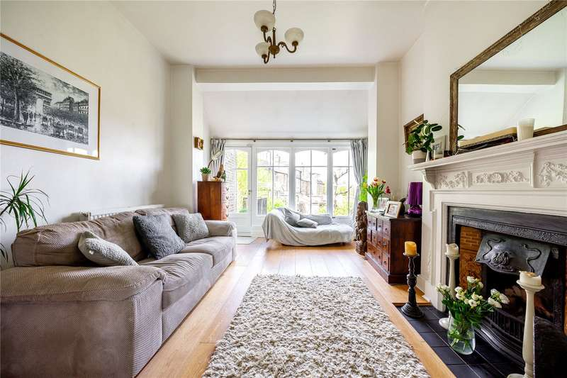 2 Bedrooms Flat for sale in Muswell Road, London, N10