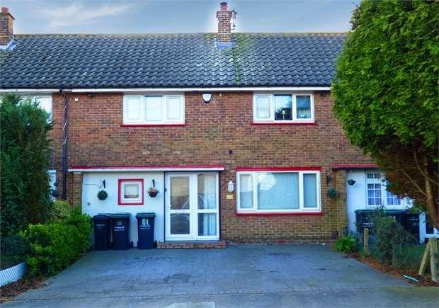 3 Bedrooms Terraced House for sale in Wilberforce Way, Gravesend, Kent