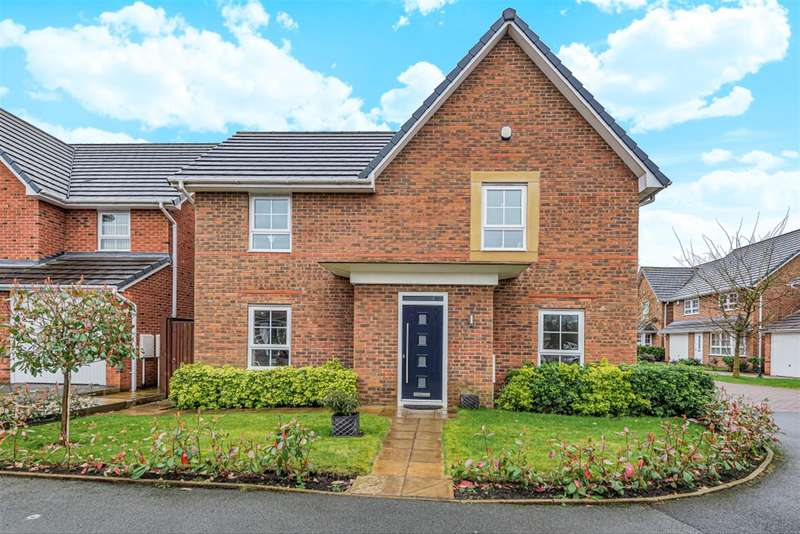 4 Bedrooms Detached House for sale in Cotton Close, Tyldesley, Manchester, M29 8FB