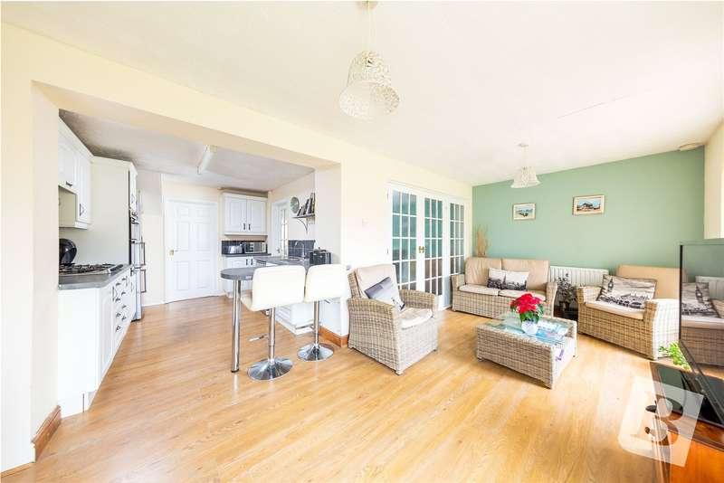 3 Bedrooms Semi Detached House for sale in Mulberry Road, Northfleet, Gravesend, Kent, DA11
