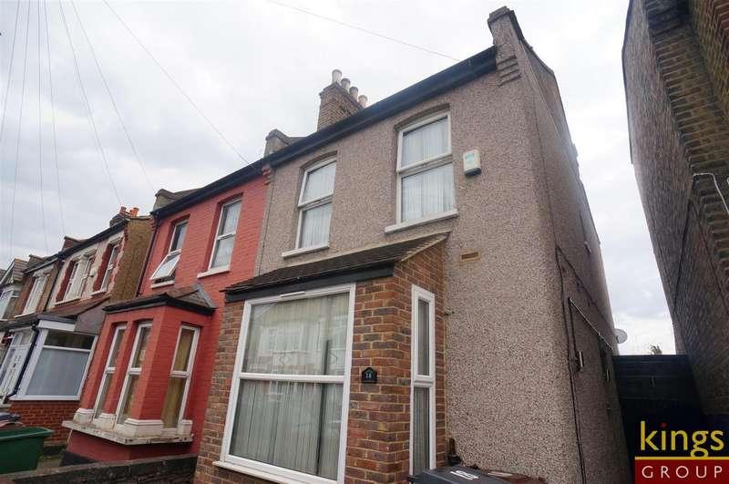 3 Bedrooms Semi Detached House for sale in Bateman Road, London