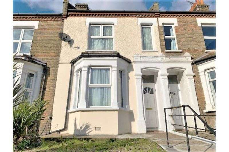 3 Bedrooms Property for sale in Plumstead Common Road, Plumstead
