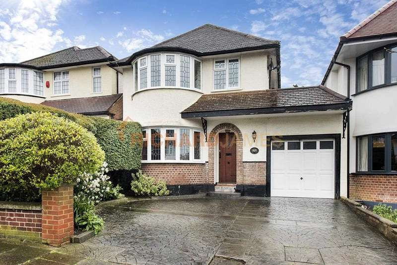 4 Bedrooms Detached House for sale in Uphill Grove, Mill Hill