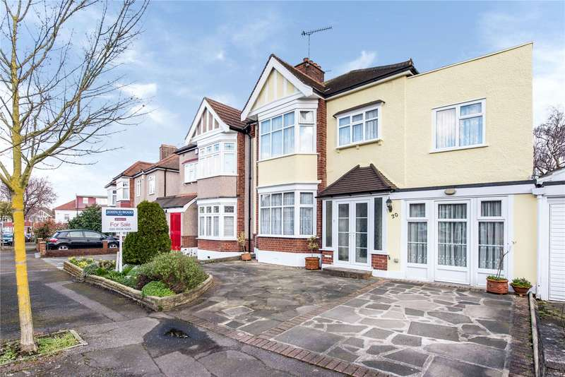 4 Bedrooms Semi Detached House for sale in Monmouth Avenue, London, E18