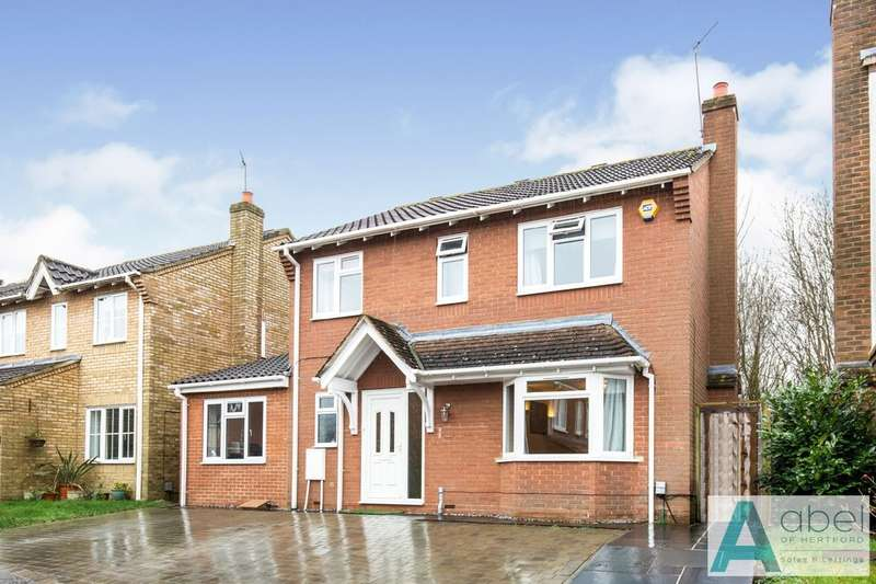 4 Bedrooms Detached House for sale in The Elms, Hertford