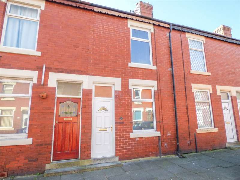 2 Bedrooms Terraced House for sale in Huntley Avenue, Layton, Blackpool