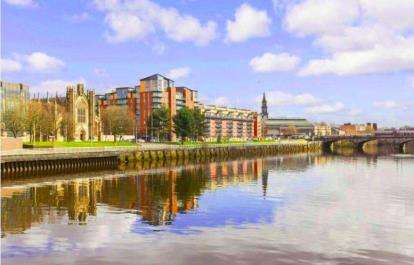 3 Bedrooms Flat for sale in Dunlop Street, City Centre