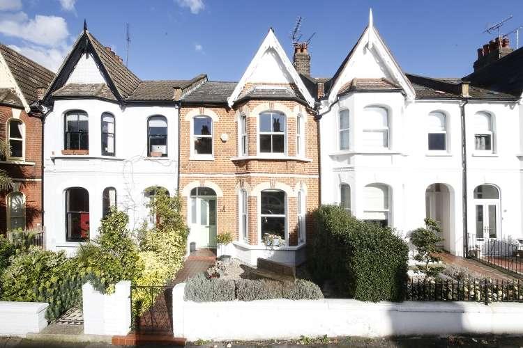 3 Bedrooms Terraced House for sale in Heathwood Gardens London SE7