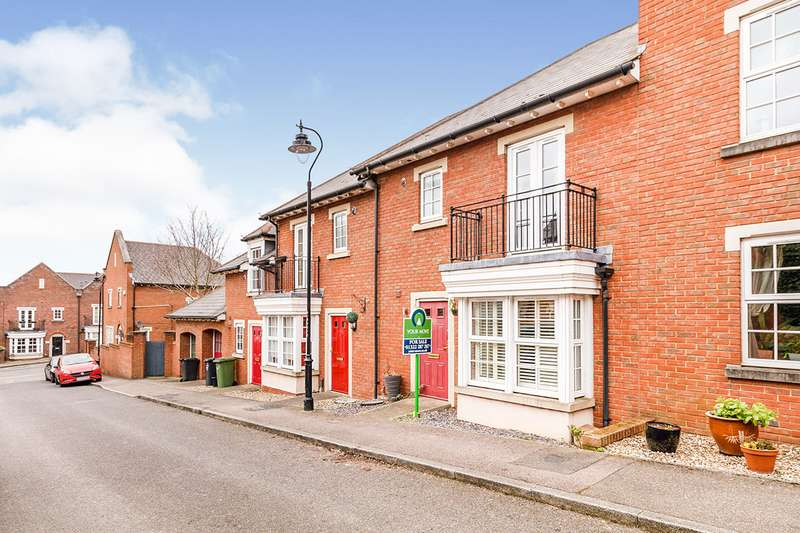 3 Bedrooms House for sale in Calcroft Avenue, Greenhithe, Kent, DA9