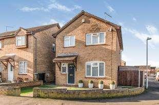 4 Bedrooms Detached House for sale in Harrowby Gardens, Northfleet, Gravesend, Kent