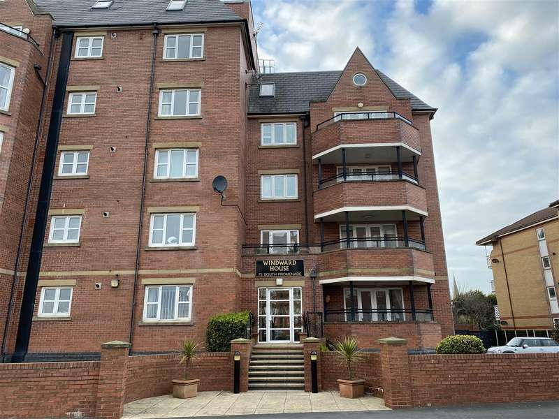 2 Bedrooms Apartment Flat for sale in Winward House, South Promenade, Lytham St Annes