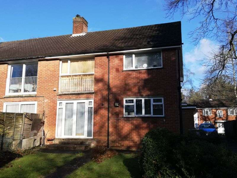 2 Bedrooms Property for sale in , Woodlands Close Thornhill Park