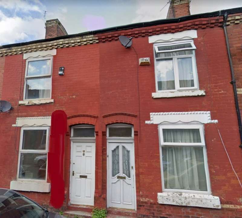 2 Bedrooms Terraced House for sale in Newport Street, Manchester, M14