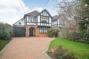 3 Bedrooms Detached House for sale in Chestfield Road, Chestfield, Whitstable, Kent
