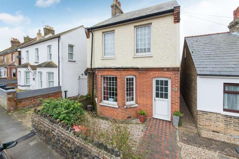 2 Bedrooms Detached House for sale in Linksfield Road, WESTGATE-ON-SEA