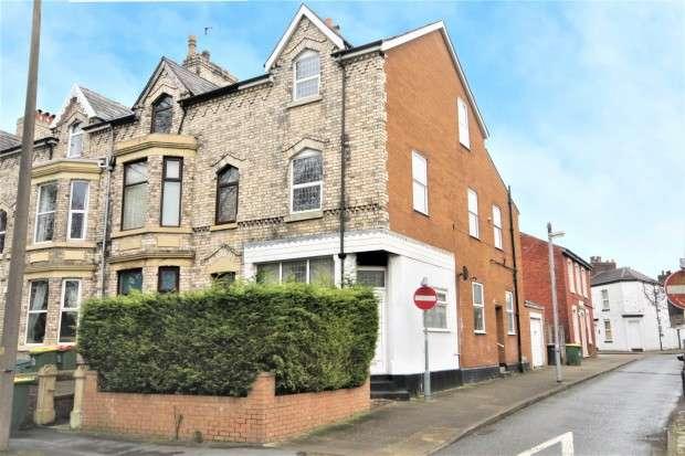 5 Bedrooms Terraced House for sale in Broadgate, Preston, PR1