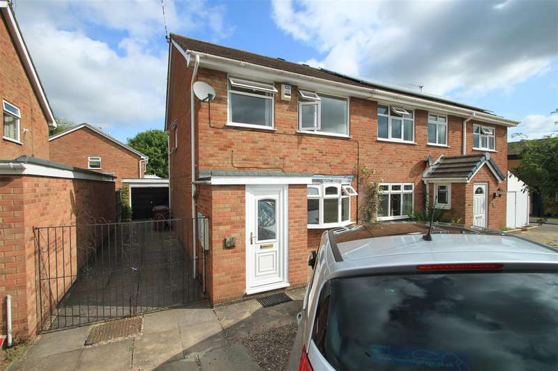 3 Bedrooms Semi Detached House for sale in Azalea Drive, Burbage