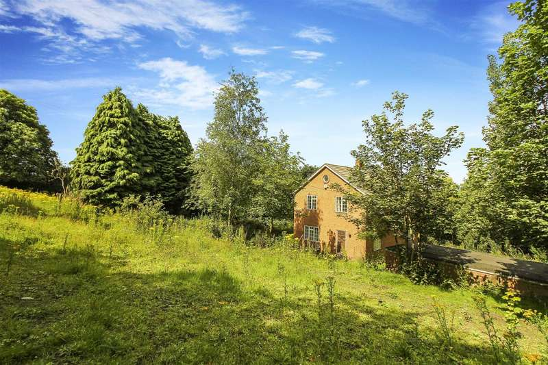4 Bedrooms Detached House for sale in Black Lane, Winlaton