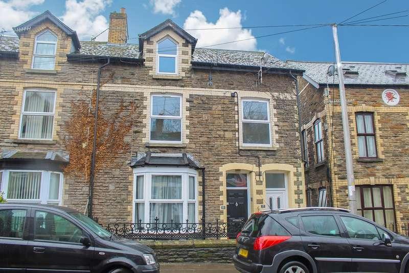 3 Bedrooms Maisonette Flat for sale in Osborne Road, Pontypool, NP4