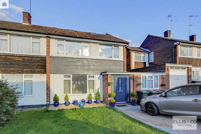 4 Bedrooms Semi Detached House for sale in The Hook, New Barnet, Barnet
