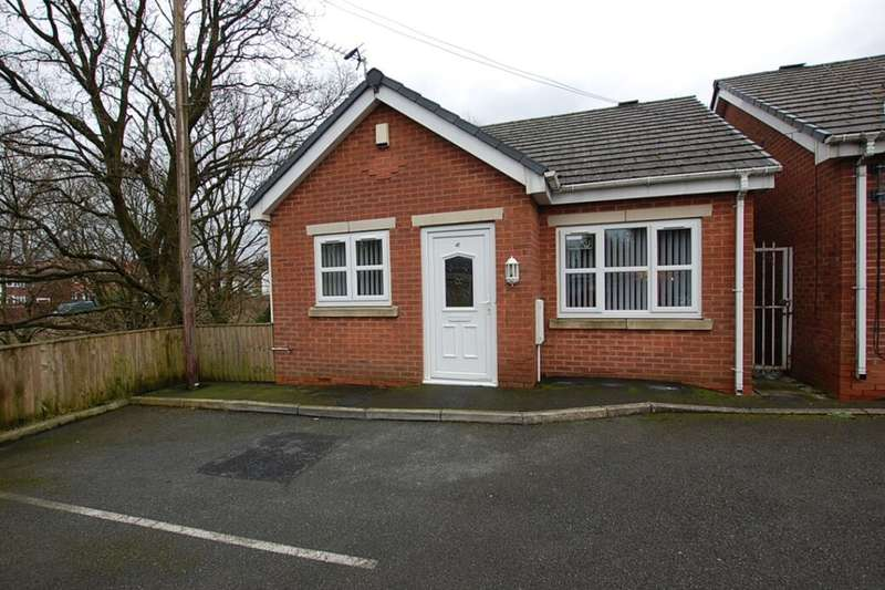 2 Bedrooms Detached Bungalow for sale in Downing Street, Ashton-Under-Lyne, OL7