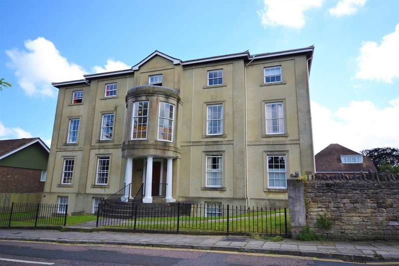 2 Bedrooms Ground Flat for sale in Vernon Square, Ryde