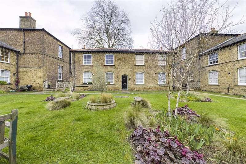 1 Bedroom Flat for sale in Greenhill Terrace, Woolwich, London, SE18