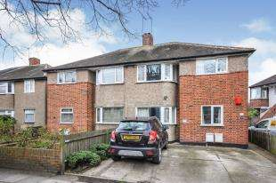 2 Bedrooms Maisonette Flat for sale in Worsley Bridge Road, Sydenham, London, .