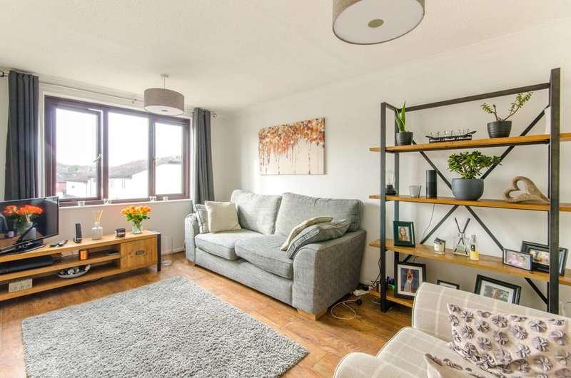 1 Bedroom Maisonette Flat for sale in Stapleford Close, Chingford, E4