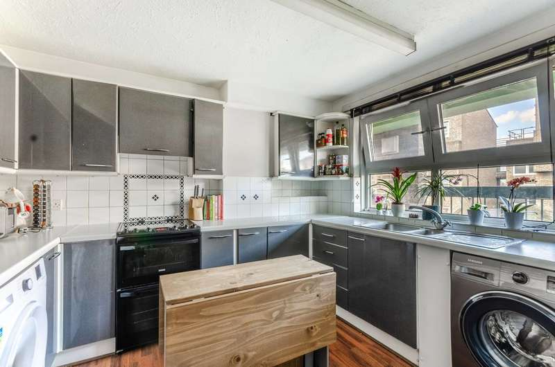 1 Bedroom Flat for sale in McNeil Road, SE5, Camberwell, SE5