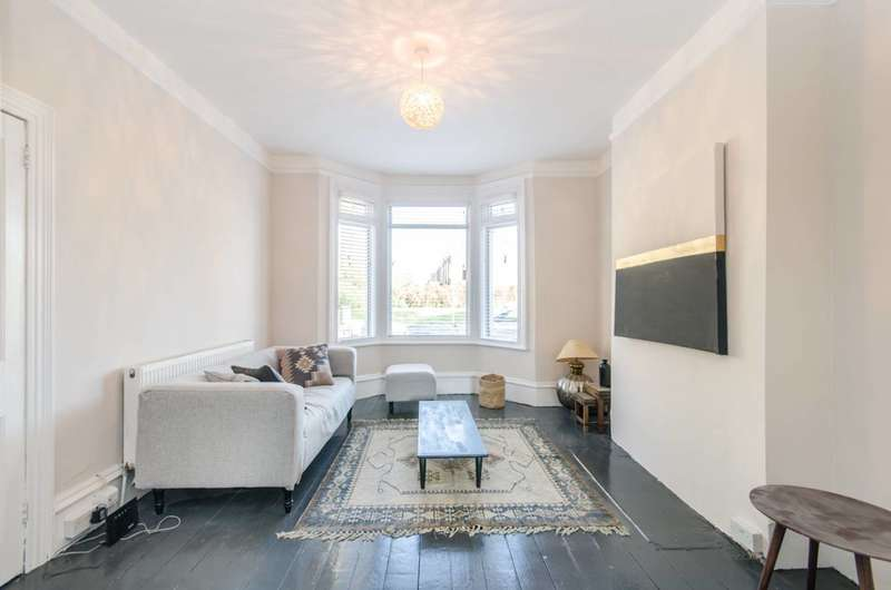 4 Bedrooms Terraced House for sale in Roundwood Road, Harlesden, NW10