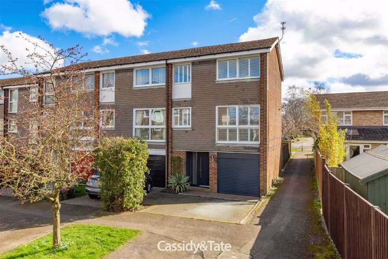 4 Bedrooms Property for sale in Claudian Place, St. Albans, Hertfordshire