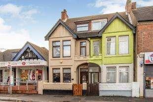 4 Bedrooms Semi Detached House for sale in London Road, Northfleet, Gravesend, Kent