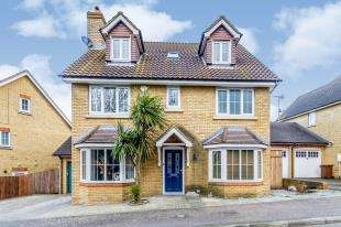 5 Bedrooms Detached House for sale in Olivier Drive, Wainscott, Rochester, Kent