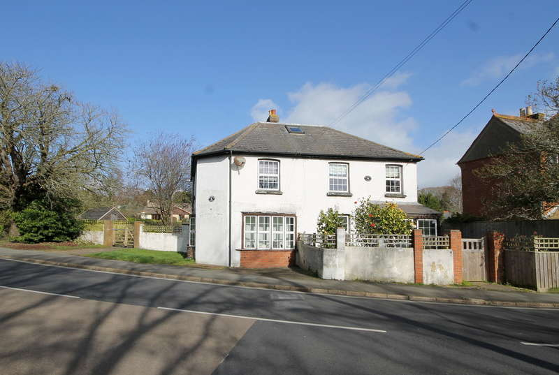 4 Bedrooms Cottage House for sale in School Green Road, Freshwater