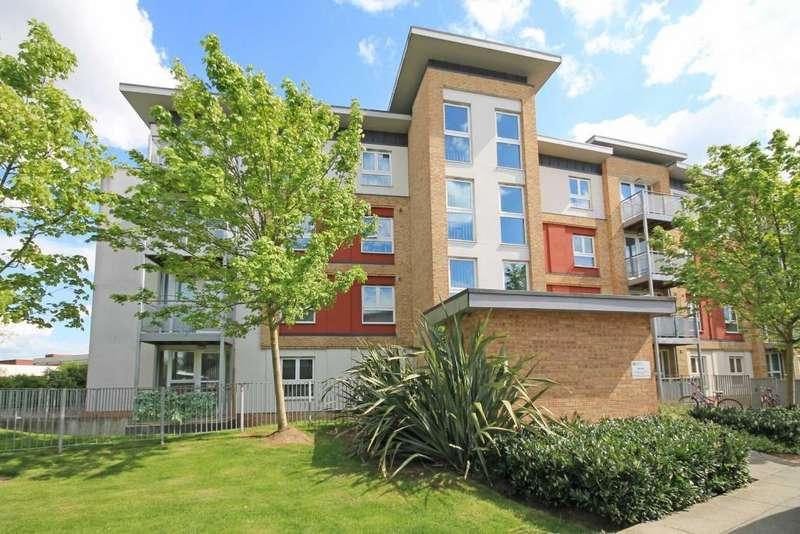 1 Bedroom Apartment Flat for sale in Langhorn Drive, Twickenham