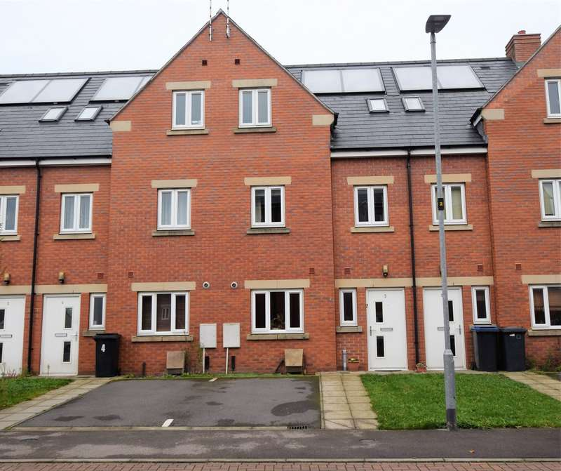 3 Bedrooms Property for sale in Langham Close , Hinckley LE10